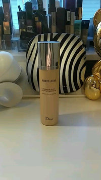 Video of Dior Diorskin Airflash uploaded by Jessica D.