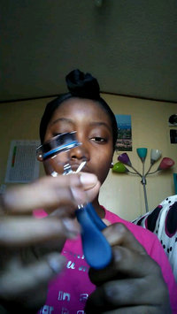 Video of tarte picture perfect™ eyelash curler uploaded by Destiny R.
