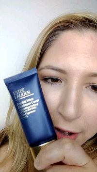 Video of Estée Lauder Double Wear Maximum Cover Camouflage Makeup for Face and Body SPF 15 uploaded by Jade T.