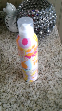 Video of amika Perk Up Dry Shampoo uploaded by Daphne W.