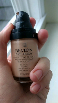 Video of Revlon Photoready Airbrush Effect Makeup uploaded by Caity D.