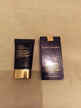Video of Estée Lauder Double Wear Stay-In-Place Makeup uploaded by Asna B.