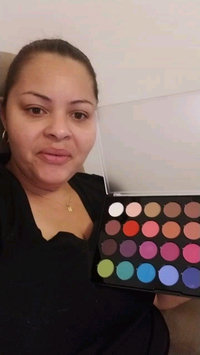Video of Modern Mattes - 28 Color Eyeshadow Palette uploaded by Iris R.