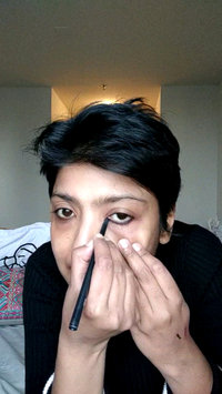 Video of MAC 'Modern Twist' Kajal Liner - Squid uploaded by Ankita S.