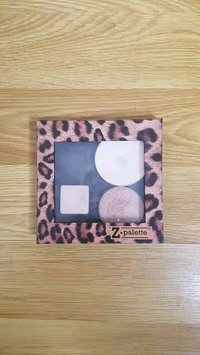 Video of Z Palette Customizable Makeup Palette Pro Size uploaded by Theresa M.