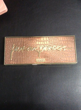 Video of Tarte Park Ave Princess Chisel Palette uploaded by Christa M.