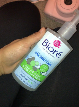 Video of Bioré® Baking Soda Pore Cleanser uploaded by Janet H.