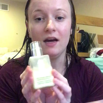 Video of Clinique Dramatically Different Moisturizing Lotion+™ uploaded by Emily G.