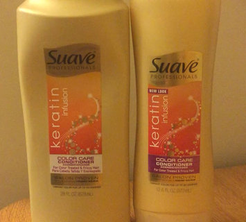 Video of Suave Professionals Keratin Infusion Color Care Conditioner uploaded by andrea t.