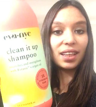 Video of Eva NYC Clean It Up Shampoo uploaded by Catrice F.