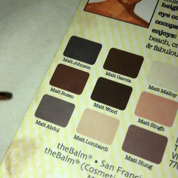 Video of theBalm Meet Matt(e) Nude® Nude Matte Eyeshadow Palette uploaded by Lojain F.