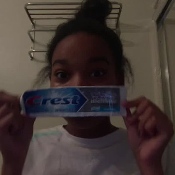 Video of Crest Baking Soda & Peroxide Whitening Toothpaste With Tartar Protection uploaded by Samara P.
