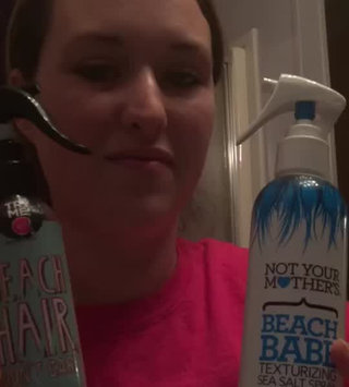 Video of Not Your Mother's® Beach Babe® Texturizing Sea Salt Spray uploaded by Jessica S.