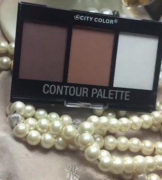 Video of City Color Cosmetics Contour Effects Palette uploaded by Radisel B.