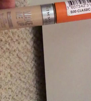 Video of Rimmel London Wake Me Up Concealer uploaded by Bronte W.