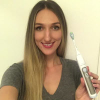 Philips Sonicare Flexcare Platinum Electric Toothbrush With Uv Sanitizer White uploaded by Vlada R.