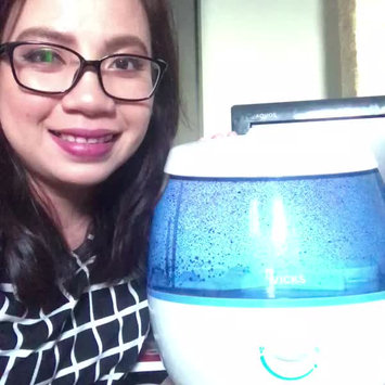 Video of Vicks® SweetDreams™ Cool Mist Humidifier VUL575 uploaded by mary edeline a.