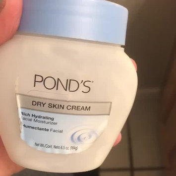 Video of POND's Dry Skin Cream uploaded by Jasmin R.