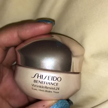 Video of Shiseido Benefiance WrinkleResist24 Intensive Eye Contour Cream uploaded by SUKI L.