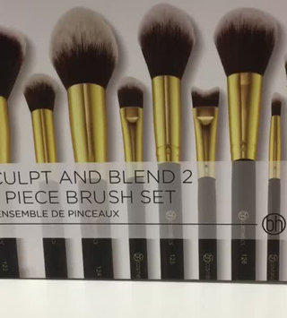 Video of BH Cosmetics Sculpt and Blend 2 - 10 Piece Brush Set uploaded by Kelsey G.