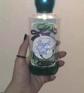 Video of Bath & Body Works Jingle All The Way uploaded by Marivi S.