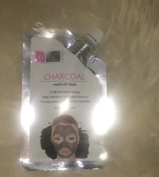 Video of Global Beauty Mask Wash Off Charcoal 5oz uploaded by Amia C.