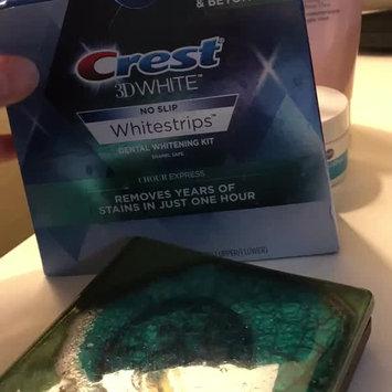 Video of Crest 3D White Whitestrips 1-hour Express Teeth Whitening Kit uploaded by Tara B.