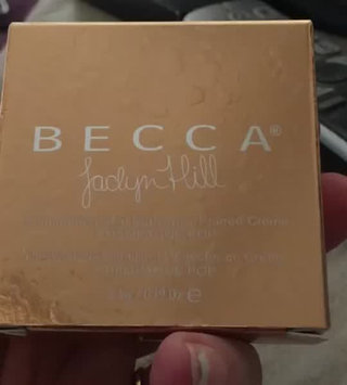 Video of BECCA Cosmetics Jaclyn Hill Skin Perfector And Mineral Blush Duo uploaded by Dorinda G.