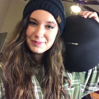HARMAN KARDON Onyx Studio 3 Portable Bluetooth speaker with rechargeable battery and built-in microphone - Black uploaded by Natalie Y.