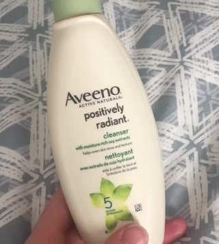 Video of Aveeno Positively Radiant Cleanser uploaded by Miranda R.