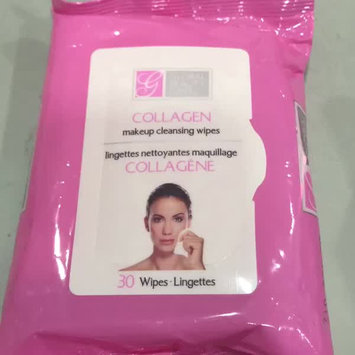 Video of Global Beauty Care Collagen Makeup Cleansing Wipes uploaded by Hebo A.