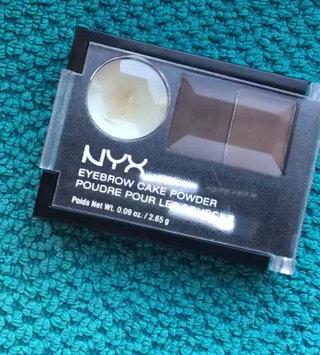 Video of NYX Eyebrow Cake Powder uploaded by Luana V.