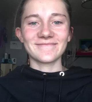 Video of e.l.f. Blending Eye Brush uploaded by Allison V.