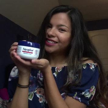 Video of Aquaphor® Healing Ointment uploaded by Johanna T.