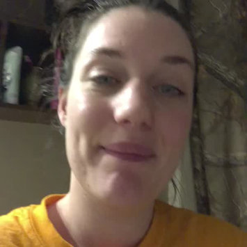 Video of Burt's Bees Tinted Lip Balm uploaded by Mandy M.