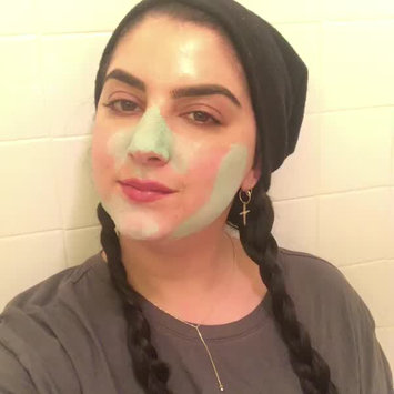 Video of Freeman Feeling Beautiful Clay Mask Mint & Lemon uploaded by Cali S.