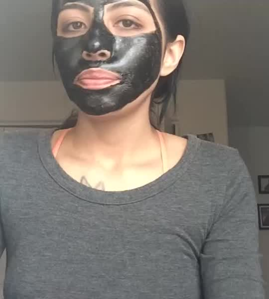 Shills - Acne Purifying Peel-Off Black Mask 50ml uploaded by Alicia A.