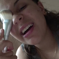 NYX Holographic Halo Buffing Highlighting Brush uploaded by Valeria R.