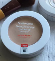 Neutrogena® SkinClearing Mineral Powder uploaded by Clarice D.
