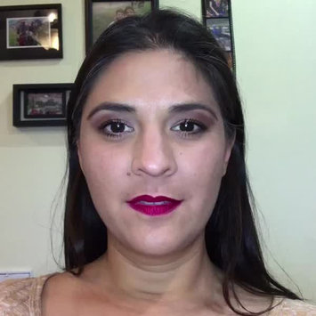 Video of Estée Lauder Double Wear Stay-In-Place Makeup uploaded by Bryce M.