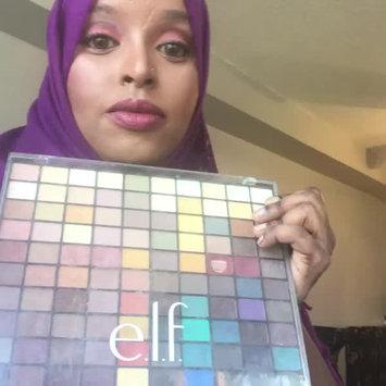 Video of e.l.f. Studio Endless Eyes Pro Mini Eyeshadow Palette uploaded by Zulfa M.