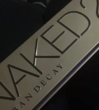 Video of Urban Decay Naked2 Eyeshadow Palette uploaded by Tessa B.