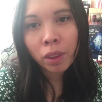 Video of M.A.C Cosmetic Studio Face And Body Foundation uploaded by Jayca S.