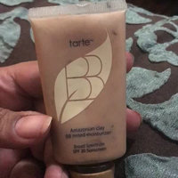 tarte Amazonian Clay BB Tinted Moisturizer SPF 20 uploaded by Doda M.