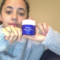 Neutrogena® Deep Moisture Night Cream uploaded by Taylor W.