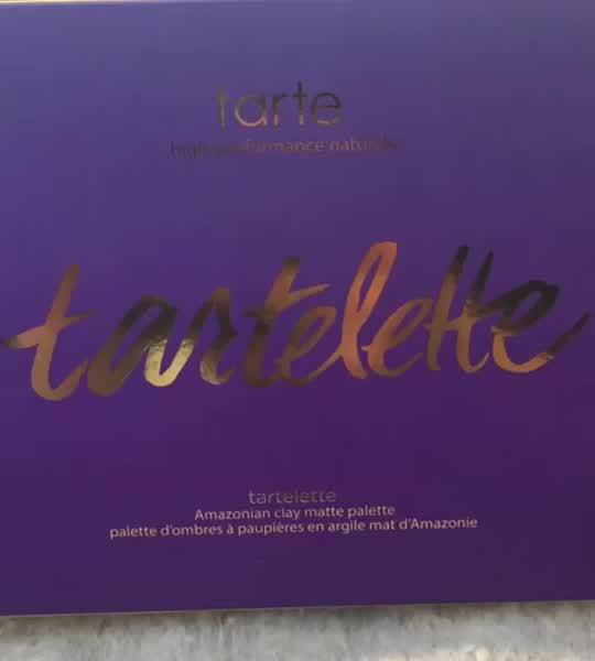 tarte Tartelette Amazonian Clay Matte Eyeshadow Palette uploaded by Dorinda G.