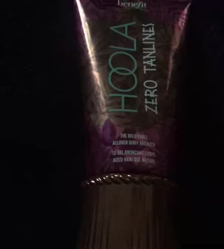 Video of Benefit Cosmetics Hoola Zero Tanlines Allover Body Bronzer 5.0 oz uploaded by Lindsey C.