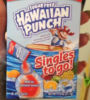 Hawaiian Punch Lemon Berry Squeeze Singles To Go uploaded by leanna b.