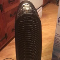 Honeywell QuietClean® Tower Air Purifier HFD140 uploaded by Samantha L.
