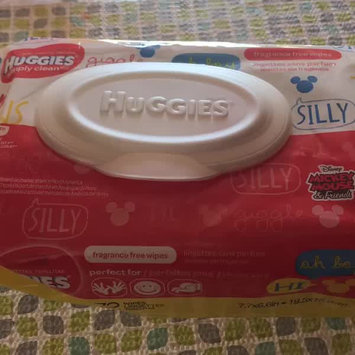 Video of Huggies® Simply Clean Baby Wipes uploaded by Nadxhe L.